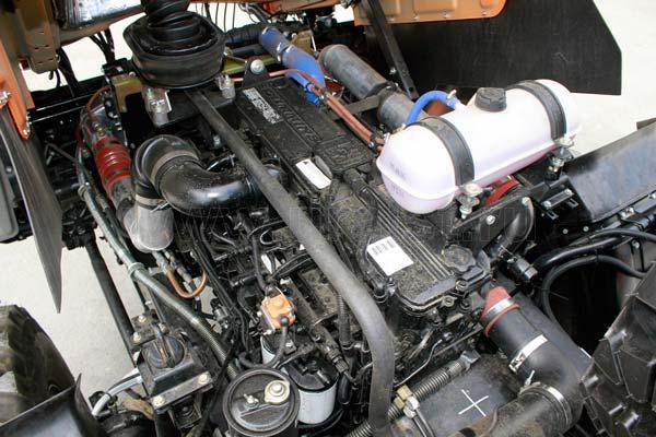 9 Двигатель