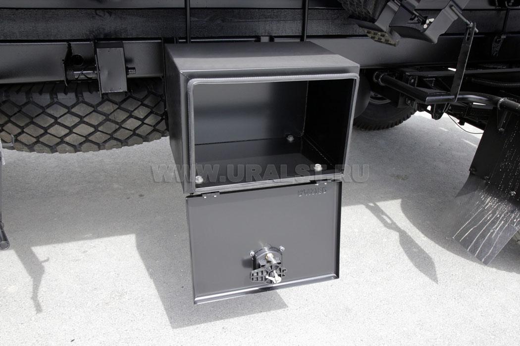 Инструментальный ящик на грузовик своими руками 657